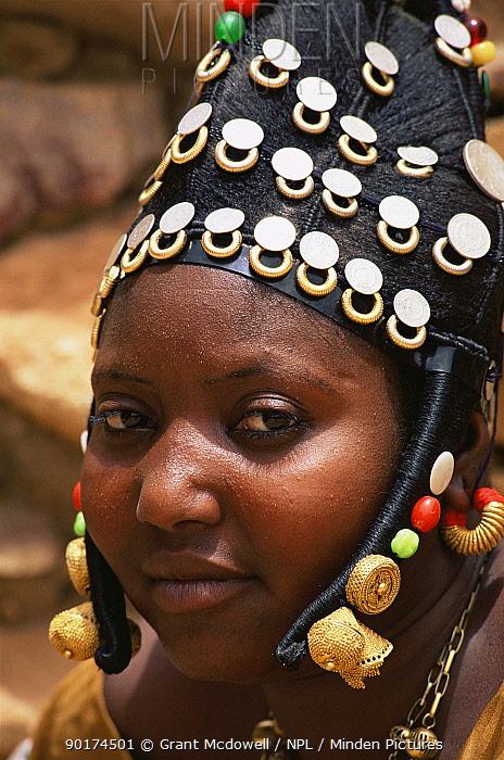 Headress of married Fulani woman, Mali, West Africa  -  Grant Mcdowell/ npl