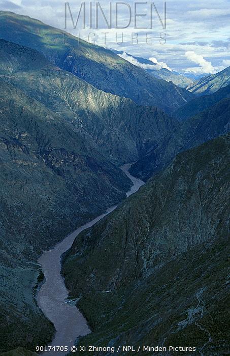 Yangze river Yunnan, China  -  Xi Zhinong/ npl