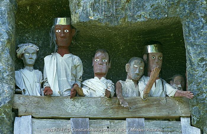 Tau Tau' effigies, Tana Toraja, Central Sulawesi, Indonesia  -  Constantinos Petrinos/ npl