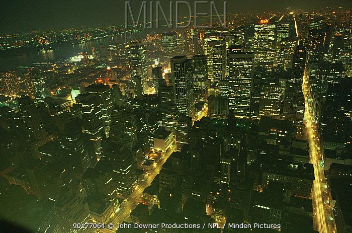 New York City at night, Midtown Manhattan, New York State, USA  -  John Downer/ npl