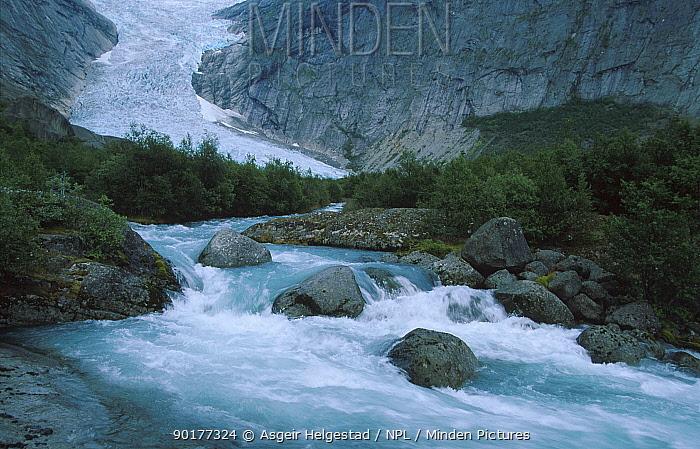 Brenndals glacier flowing into river, Jostedalsbreen NP, Olden, Sogn og Fjordane, Norway  -  Asgeir Helgestad/ npl