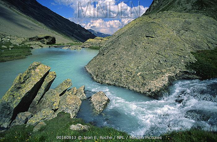 Blue water from glacier, Arsine pathway, Ecrins National Park, Oisans, Alps, France  -  Jean E. Roche/ npl