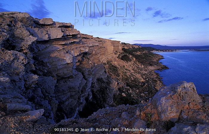 Leuate cliffs Roussillon Languedoc France  -  Jean E. Roche/ npl