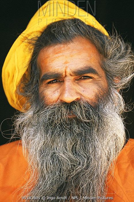 Portrait of Guru, Jodhpur, Rajasthan, India  -  Ingo Arndt/ npl