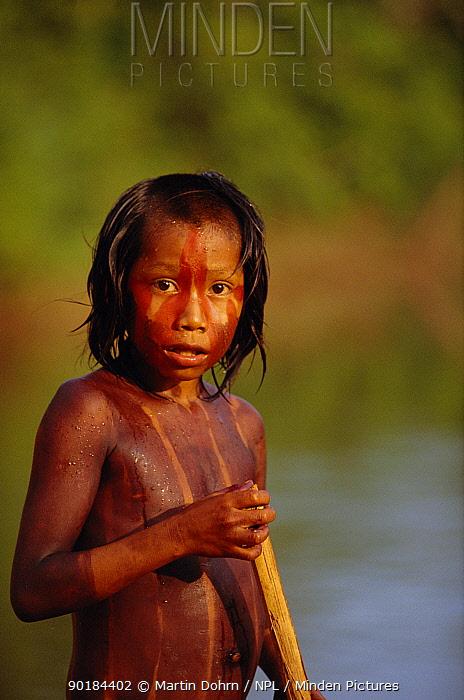 Kayapo boy on River Iriri, Xingu River system, Amazon Basin, Brazil  -  Martin Dohrn/ npl