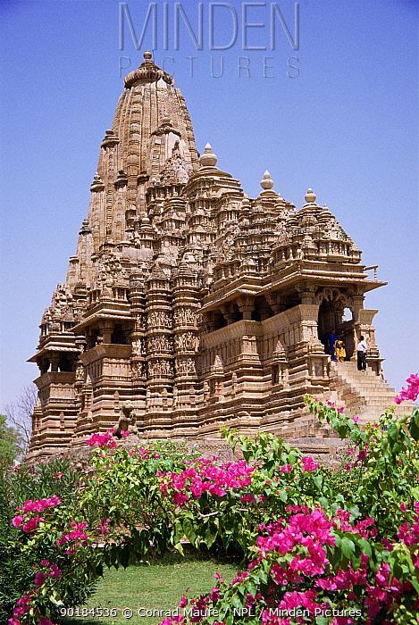 Khajaraho Temple, Madhya Pradesh, India  -  Conrad Maufe/ npl
