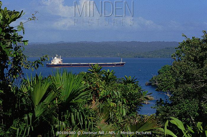 Ship passing through Panama canal, Central America  -  Dietmar Nill/ npl
