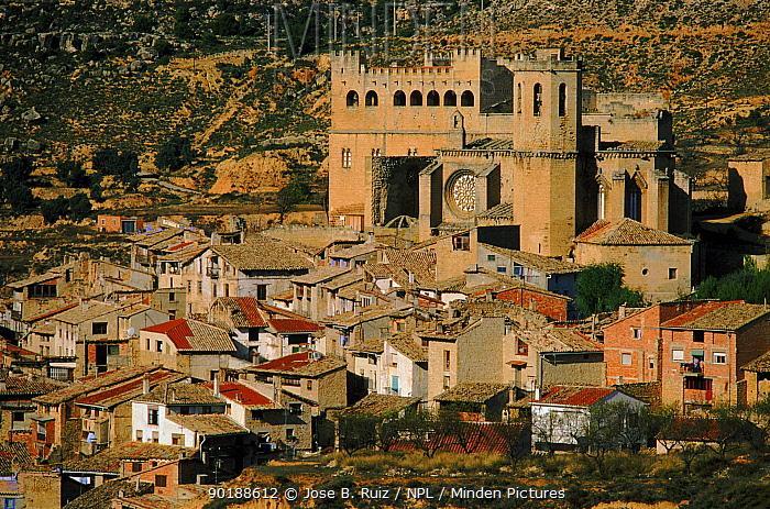 Gothic castle of Valderrobres, Teruel, Spain, Europe  -  Jose B. Ruiz/ npl