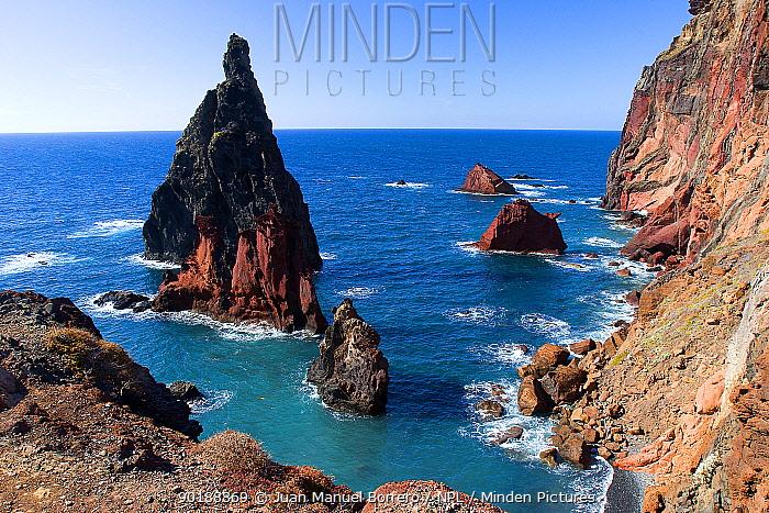 Coastal landscape, Ponta Sant Louren?o NP Madeira  -  Juan Manuel Borrero/ npl