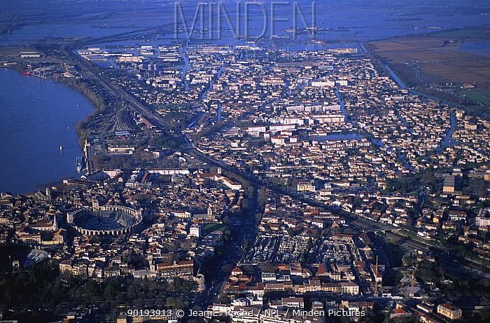 Aerial view of Arles during River Rhone flood, Camargue, France, December 2003  -  Jean E. Roche/ npl
