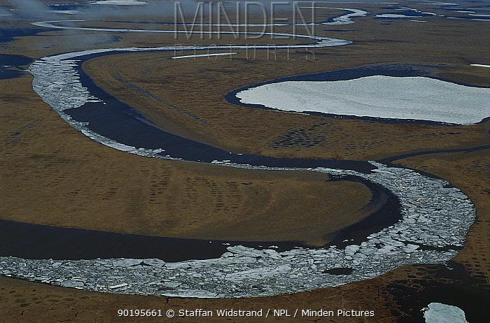 Chukochiye river aerial, Kolyma region, Siberia, Russia  -  Staffan Widstrand/ npl