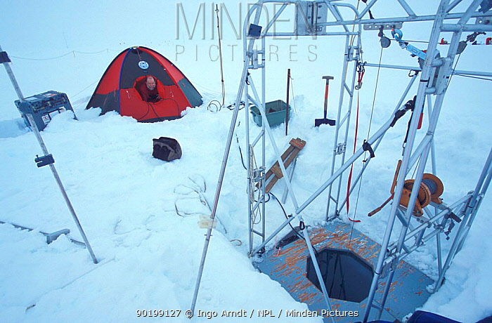 Researcher Miles McPhee at his research station for measuring turbulence in water under the ice floe ISPOL (ICE Station Polarstern) Expedition 2004, 2005 from Alfred Wegener Institute, Bremerhaven, Germany The Icebreaker Polarstern was drifting for five weeks with an ice floe in the central Weddell Sea  -  Ingo Arndt/ npl
