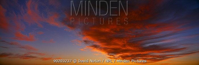 Twilight sky, Cornwall, England, UK  -  David Noton/ npl