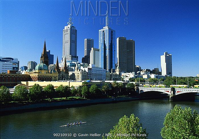 Melbourne City skyline in daytime from Southgate, Victoria, Australia  -  Gavin Hellier/ npl