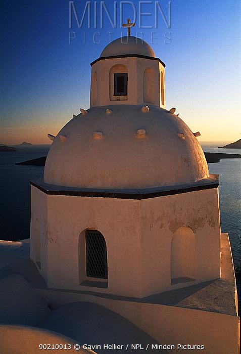 Orthodox Church in Fira, Santorini island (Thira), The Cyclades Greece Europe  -  Gavin Hellier/ npl