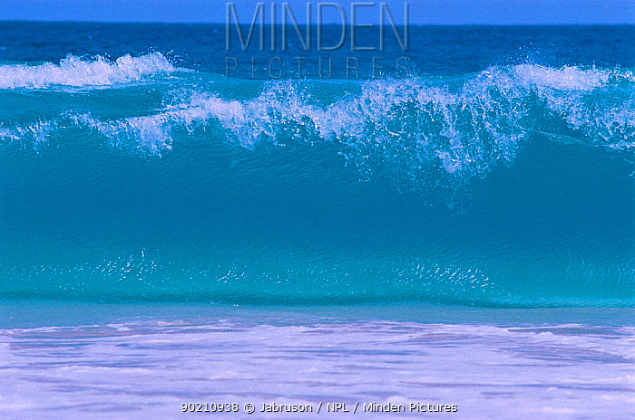 Wave breaking on beach, Sal, Cape Verde Islands  -  Jabruson/ npl