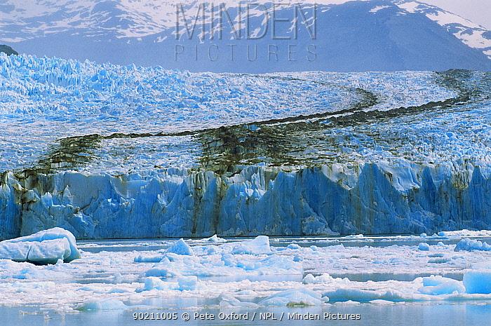 Uppsala Glacier showing medial moraine, Los Glaciares NP, Argentina, South America  -  Pete Oxford/ npl