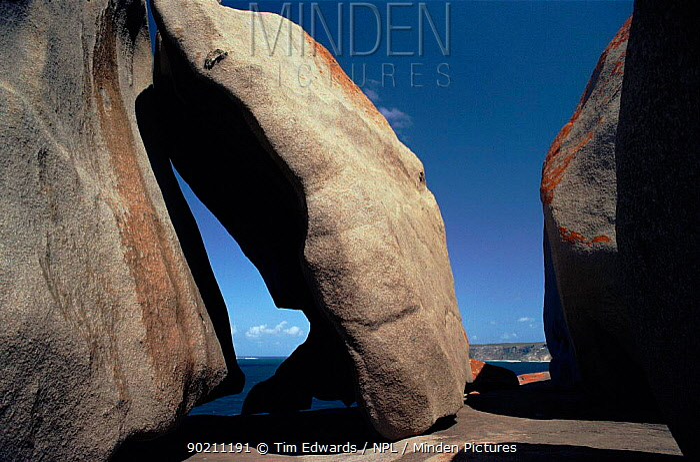 Granite rock sculptures Flinders Chase NP, Kangaroo Island, South Australia  -  Tim Edwards/ npl