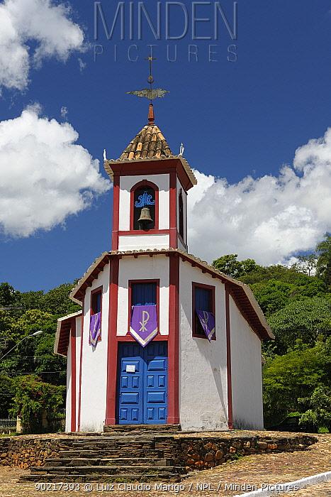 Nossa Senhora do a Church, in Sabarai town, Minas Gerais State, Brazil, March 2010  -  Luiz Claudio Marigo/ npl