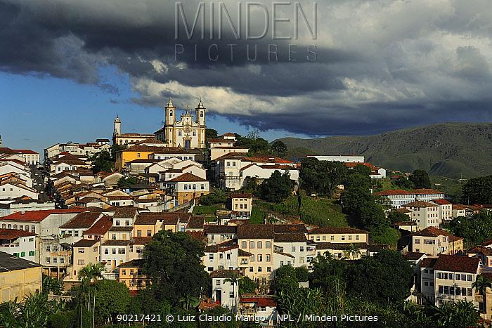 View of Brazilian Baroque town Ouro Preto (UNESCO World Heritage Site)Minas Gerais State, southeastern Brazil  -  Luiz Claudio Marigo/ npl