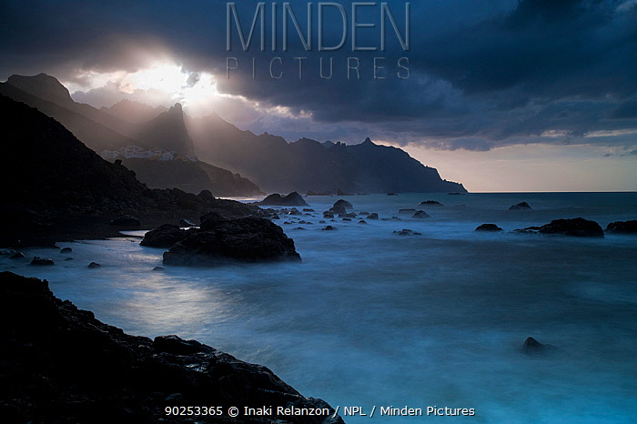 Dramatic light on Benijo Beach Anaga Peninsula, Tenerife, Canary Islands,, February 2011  -  Inaki Relanzon/ npl