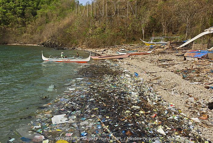 Coastal pollution, Philippines, May 2006  -  Jurgen Freund/ npl