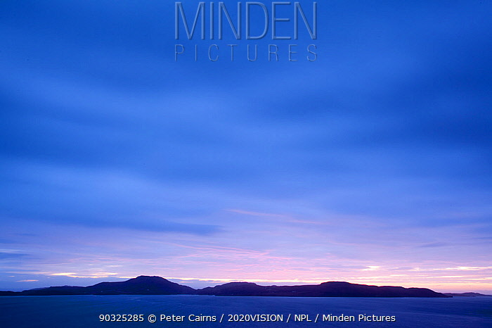 Sunset over Tanera Mor in the Summer Isles, Assynt, Sutherland, Hihglands, Scotland, UK, January 2011  -  Peter Cairns/ 2020V/ npl