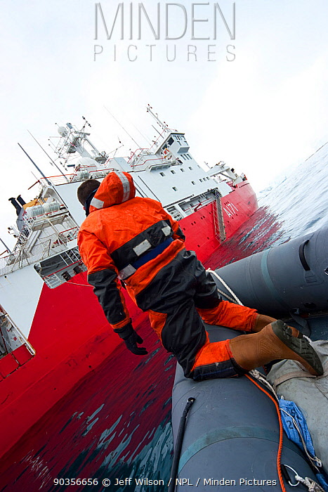 Film crew coming alongside Royal Navy ship, HMS Endurance, Antarctica, November 2008, Taken on location for the BBC series, Frozen Planet  -  Jeff Wilson/ npl