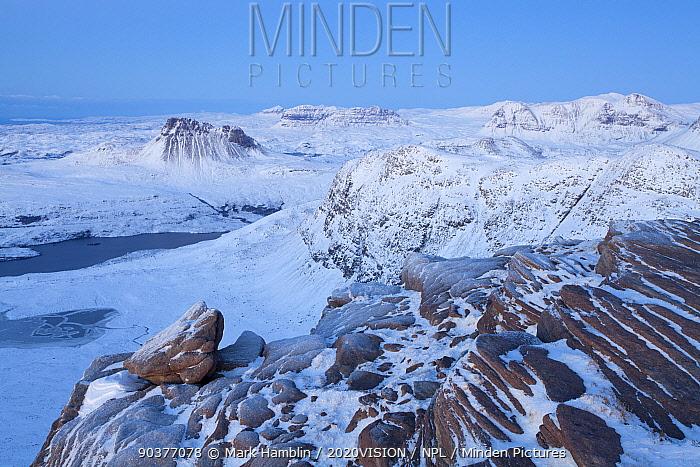 View from Sgurr an Fhidhleir in winter, Coigach, Wester Ross, Scotland, UK, December 2010  -  Mark Hamblin/ 2020V/ npl