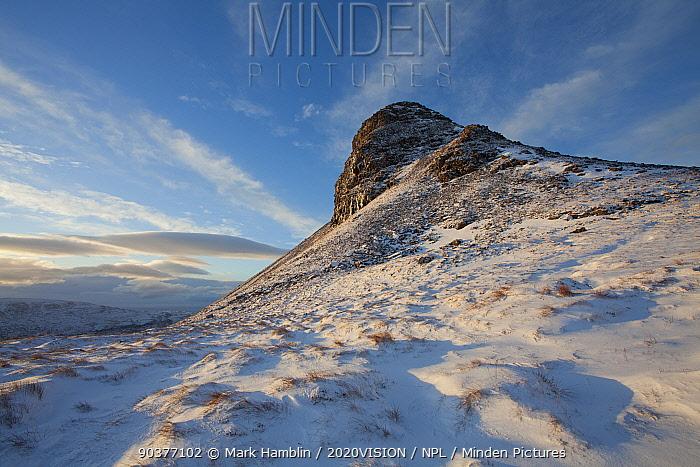Stac Pollaidh in winter, Coigach, Wester Ross, Scotland, UK, December 2010  -  Mark Hamblin/ 2020V/ npl