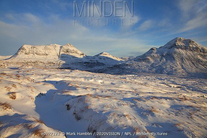 View of Cul Mor and Cul Beag in winter, Coigach, Wester Ross, Scotland, UK, December 2010  -  Mark Hamblin/ 2020V/ npl