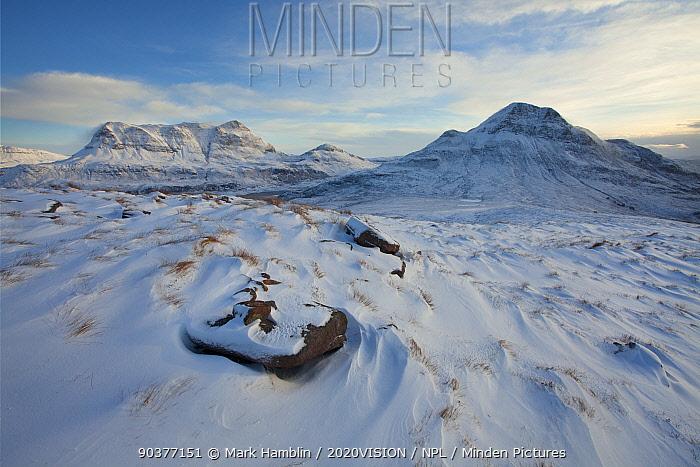 Cul Mor and Cul Beag in winter, Coigach, Wester Ross, Scotland UK, December 2010  -  Mark Hamblin/ 2020V/ npl