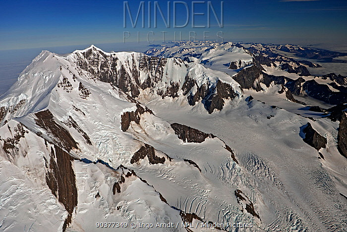 Aerial view of Mount Paget (highest mountain on South Georgia, 9565 feet, 2934m) with Allardyce Mountain Range, South Georgia, March 2011  -  Ingo Arndt/ npl