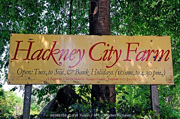 Hackney City Farm Sign London, England, UK  -  Pat Tuson/ npl