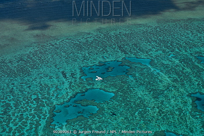 Aerial view of Hardy Reef with float plane, Great Barrier Reef, August 2011  -  Jurgen Freund/ npl