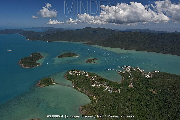 Aerial view of Airlie Beach, Queensland, Australia, August 2011  -  Jurgen Freund/ npl
