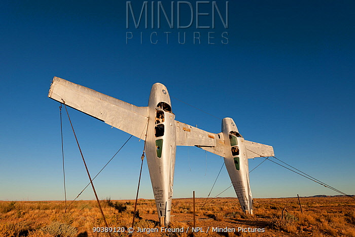 Plane Henge, Mutonia sculpture park, a park of industrial scupltures, on the Oodnadnatta track Created by Robin Cooke, a former mechanic that became an artist over 23 years ago through his works South Australia  -  Jurgen Freund/ npl