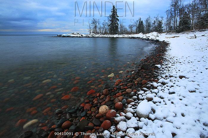 Snow lining the shore of Lake Superior, Tettegouche State Park, Minnesota, December 2011  -  Thomas Lazar/ npl