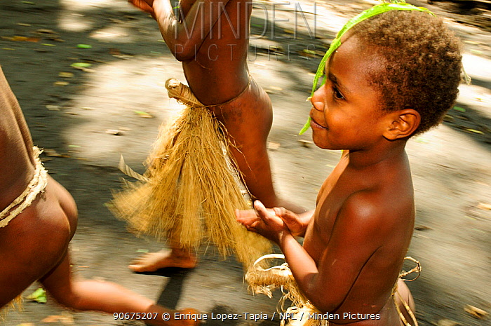 Boy in tradtional outfit during tribal dance, in a village, Tanna Island, Tafea, Vanuatu, September 2008  -  Enrique Lopez Tapia/ npl