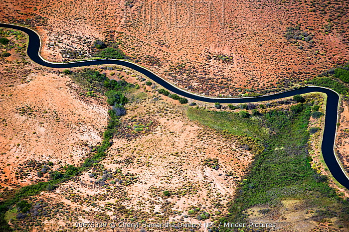 Aerial photograph of the Olifants River and the intensive irrigation, canal system used along its course, a threat to the endemic fish species found here Citrusdal and Clanwilliam area, Western Cape, South Africa December 2013  -  Cheryl-Samantha Owen/ npl