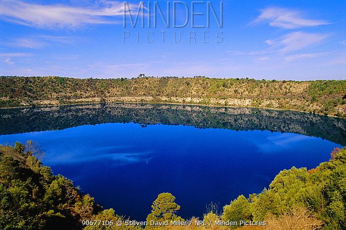 Blue Lake in extinct volcano crater, Mt Gambier Supplies 36K million litres water to town below South Australia  -  Steven David Miller/ npl