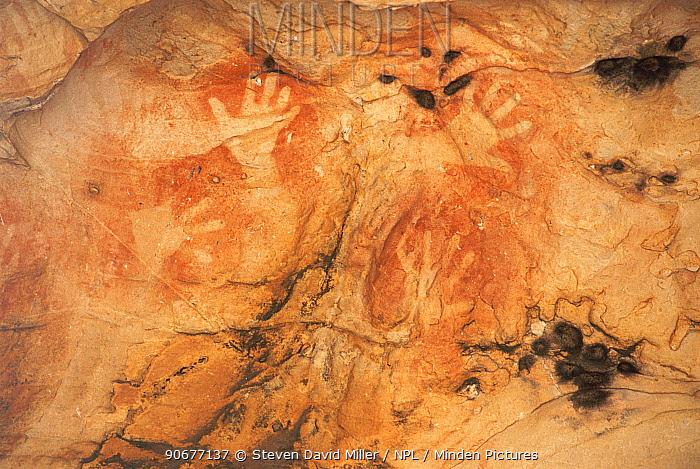 Hand stencils of Buandik people, Grampians NP, Victoria, Australia, Place of Many Hands  -  Steven David Miller/ npl