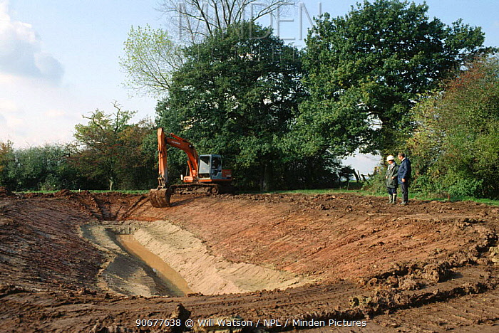 Construction of new pond for Great crested newts, Stone, Staffordshire, UK  -  Will Watson/ npl