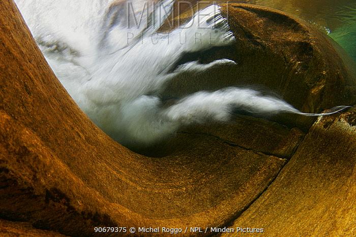 Underwater landscape with turbulence around rocks in shallow water, Verzasca river, Ticino, Switzerland, November  -  Michel Roggo/ npl
