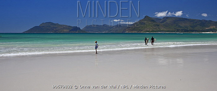 Surfers and child on beach, South Africa December 2008  -  Onne Van Der Wal/ npl