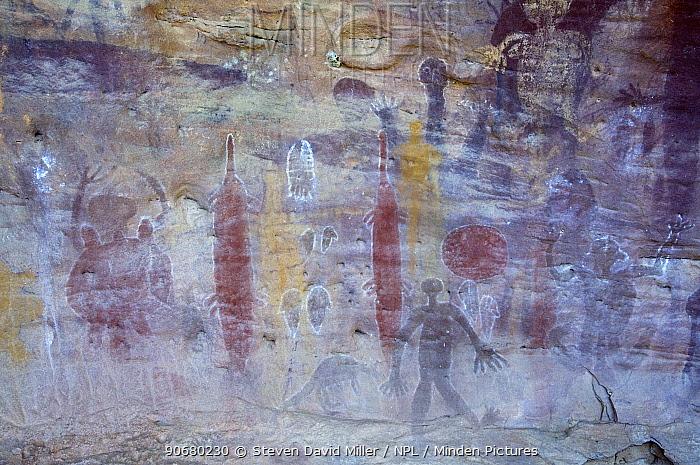 Quinkan rock art at the Split Rock Art Site, Laura, Cape York, Queensland, Australia  -  Steven David Miller/ npl