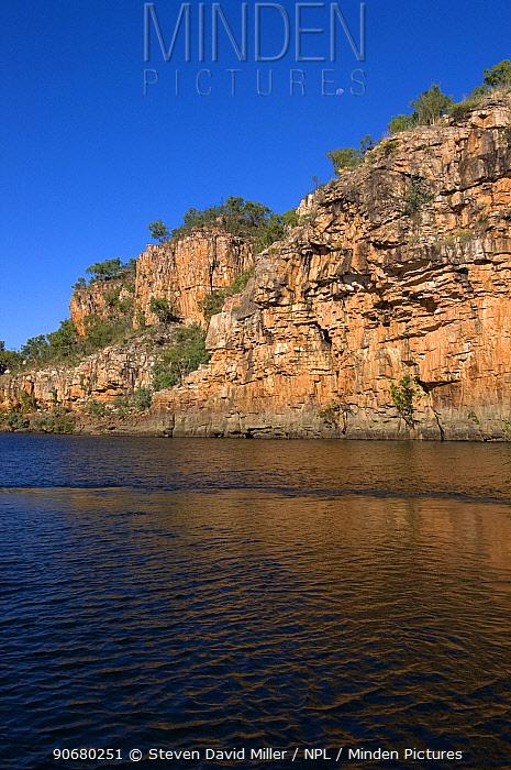 Sandstone gorge and the Katherine River, Nitmiluk National Park, Northern Territory, Australia, July 2007  -  Steven David Miller/ npl