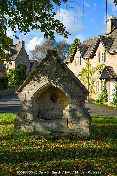 Horse drinking trough at Upper Slaughter, Cotswold village, Gloucestershire, England, September 2012  -  Gary K. Smith/ npl