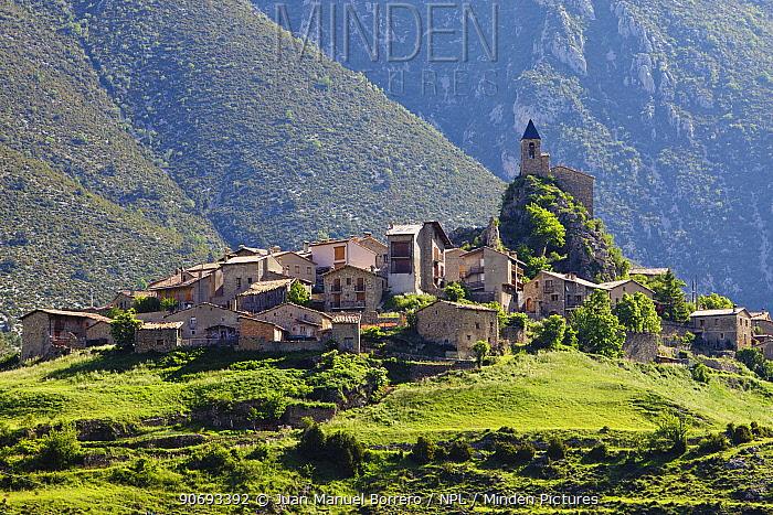 Josa village, Pyrenees, Lleida Province, Spain, June 2012  -  Juan Manuel Borrero/ npl