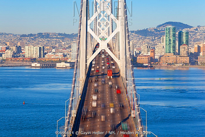 Looking down onto Oakland Bay Bridge, San Francisco, California, USA 2011  -  Gavin Hellier/ npl